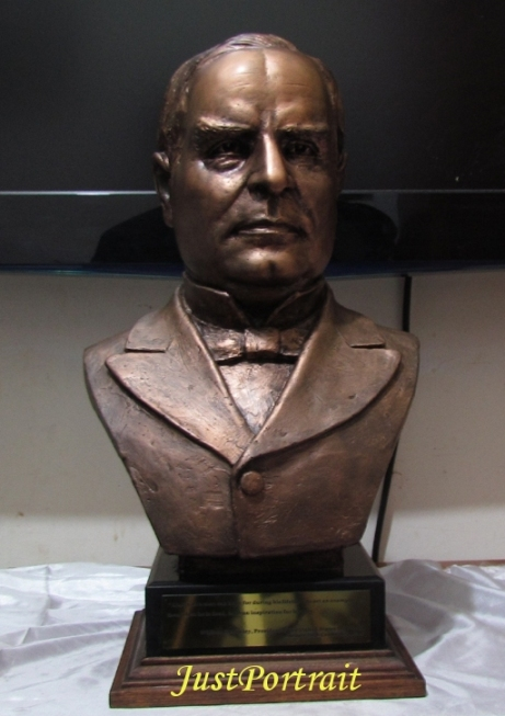 Life size bust of ex President William McKinley for sale, resin bust with bronze effec