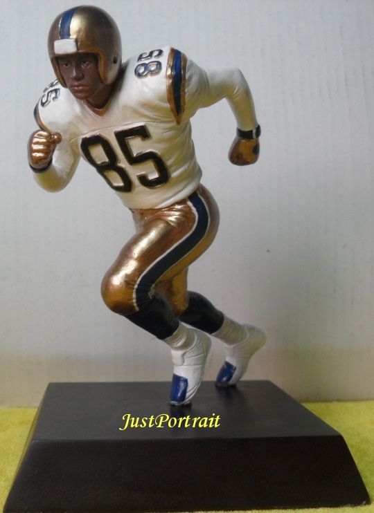 Custom sports figurine, realistic sports figurine, bulk orders welcomed